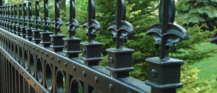 Fence contractors Milwaukee Wisconsin