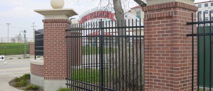 Fence and Gate Contractors Milwaukee