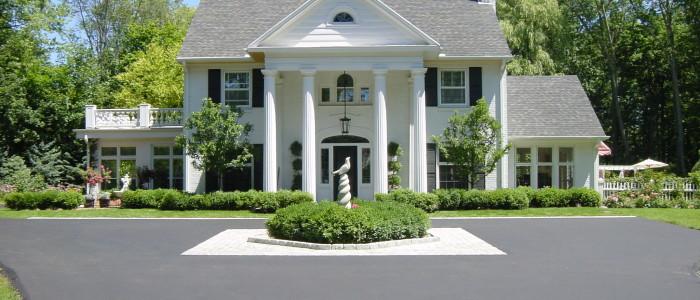 Residential Asphalt, Milwaukee Asphalt, Driveway Paving, paving,