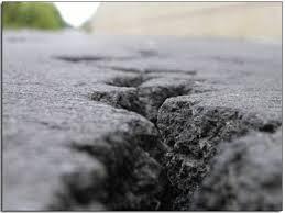 Asphalt Repair, Crack Repair, parking lot repair, Milwaukee parking lot repair